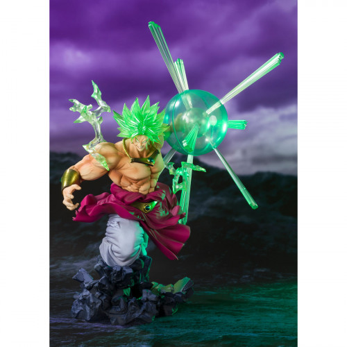 Figuarts-ZERO-SUPER-SAIYAN-BROLY-THE-BURNING-BATTLE---Event-Exclusive-Color-Edition--2.jpg