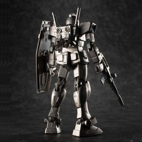 GUNDARIUM-ALLOY-MODEL-RX-78-2-GUNDAM-4.jpg